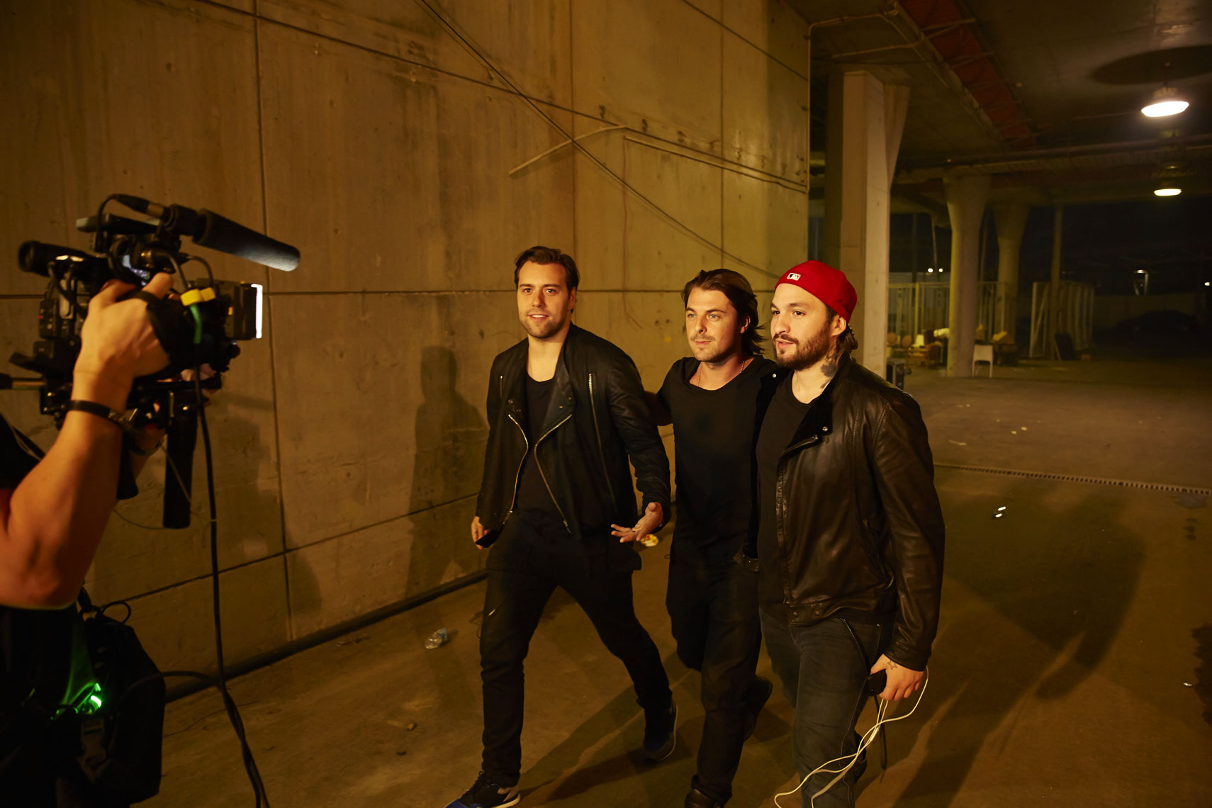 SWEDISH HOUSE MAFIA  BACKSTAGE.jpg