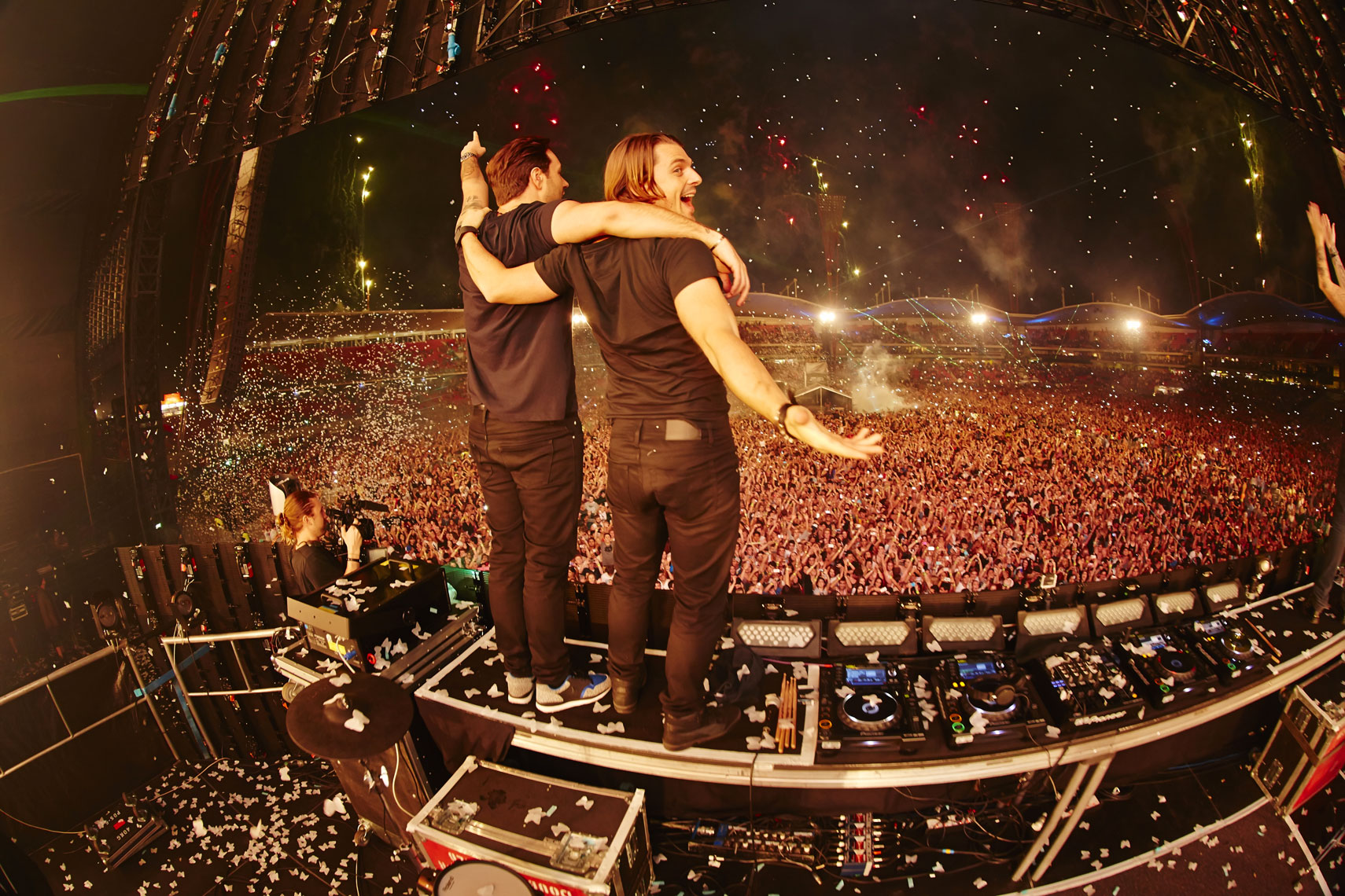 SWEDISH HOUSE MAFIA 3.jpg